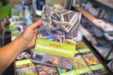 Boek van de week: Basisgids Strandvondsten